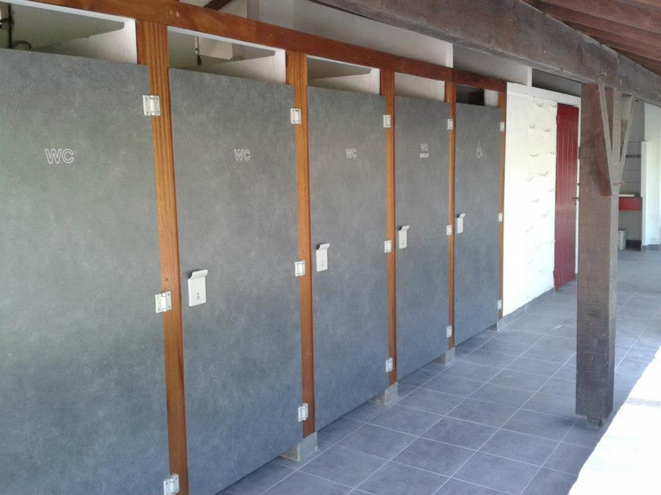 camping-untxin-socoa-sanitaire-handicap